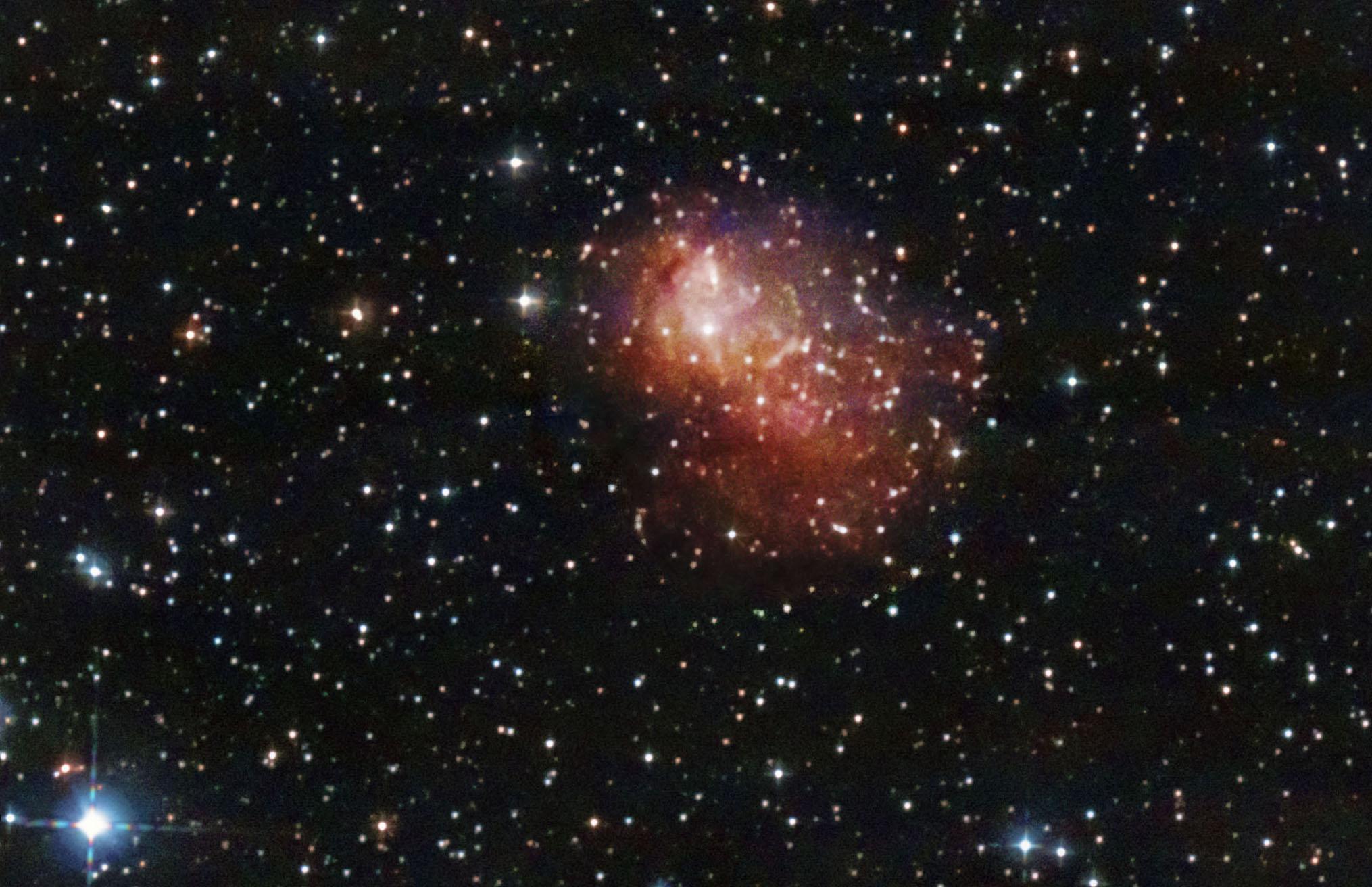 IC10 Star Burst Irregular Dwarf Galaxy, スターバースト不規則矮小銀河