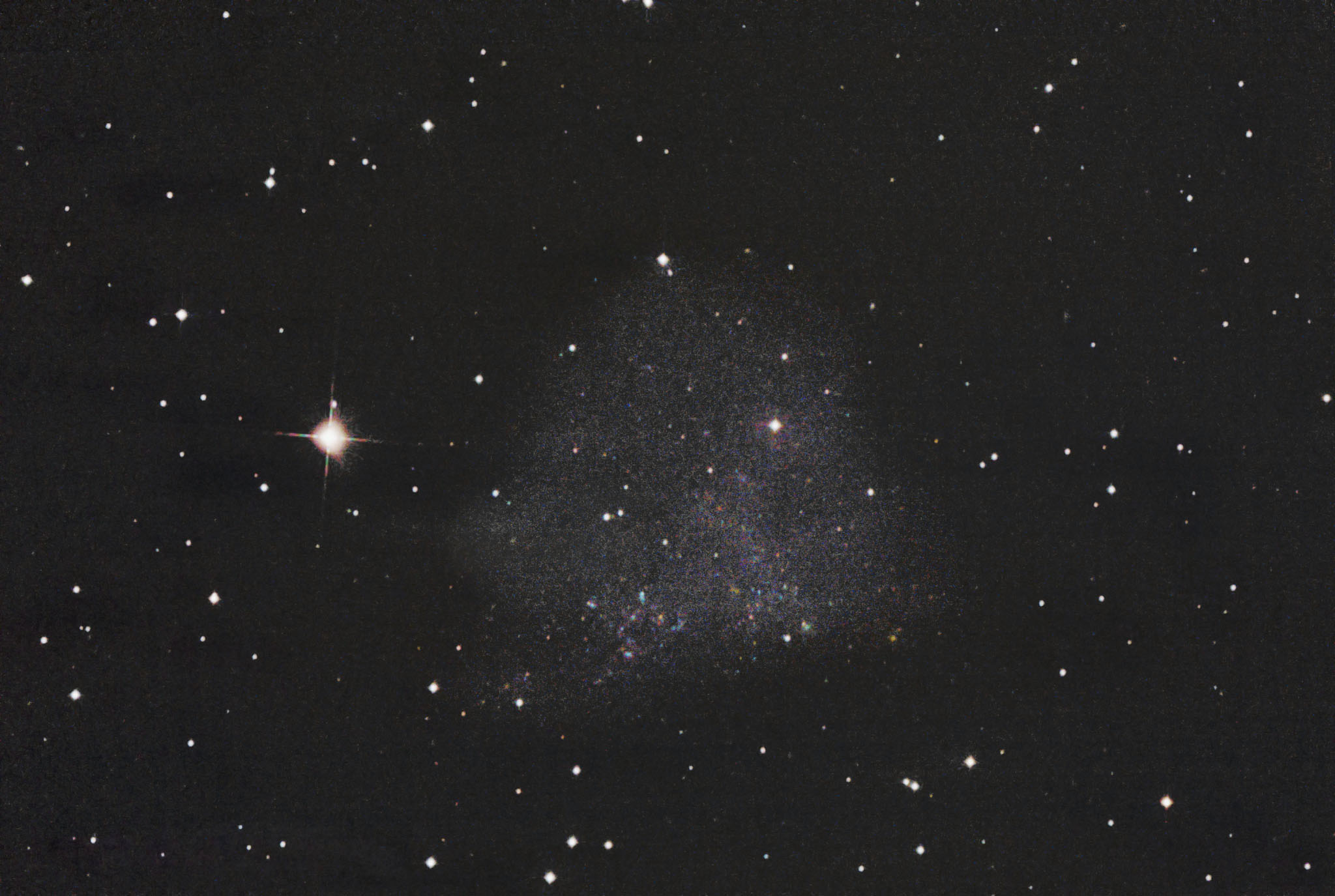 IC1613  irregular dwarf galaxy in the constellation Cetus 不規則矮小銀河 くじら座