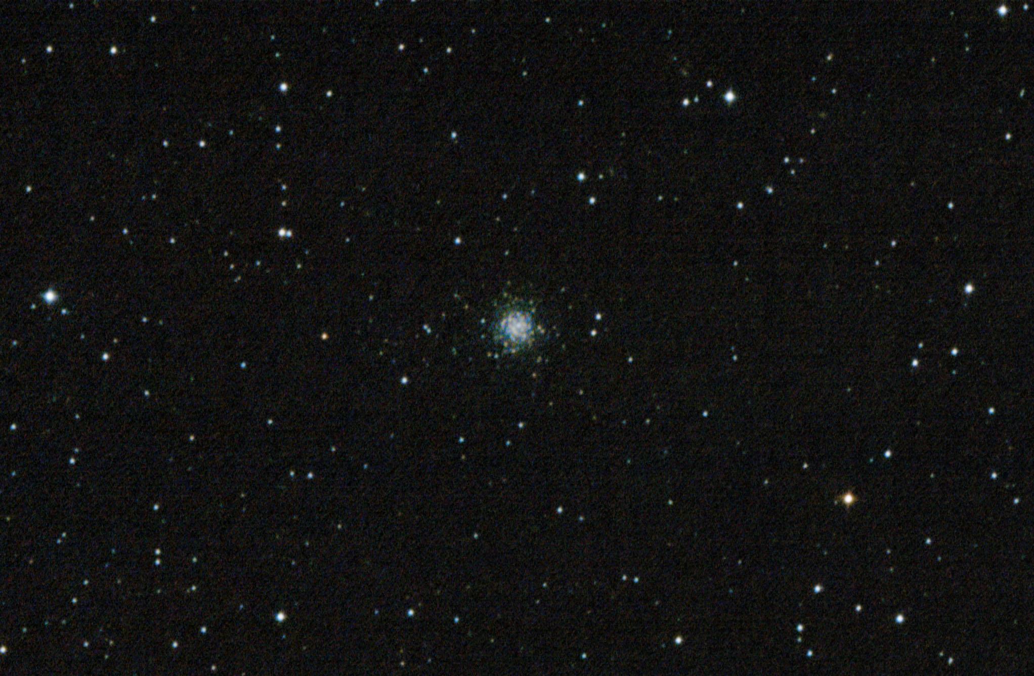 NGC 7006 Globular Cluster in Delphinus いるか座の球状星団